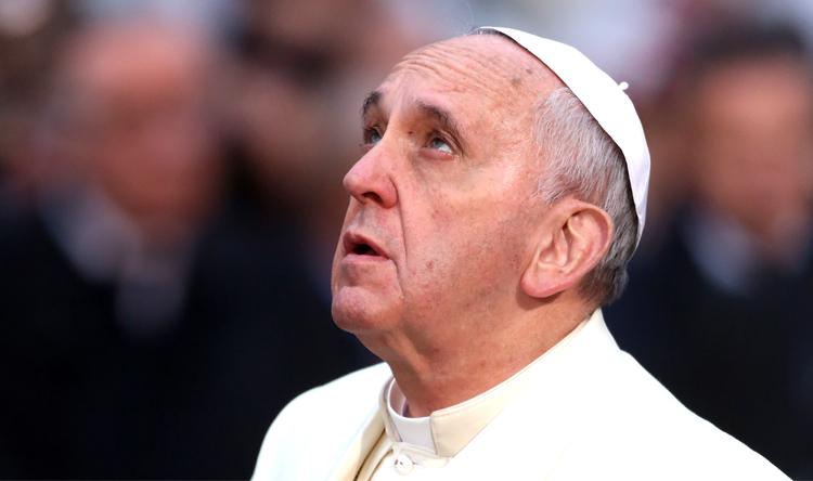 البابا أبدى قلقه الشديد حيال دوامة العنف في الشرق الأوسط
