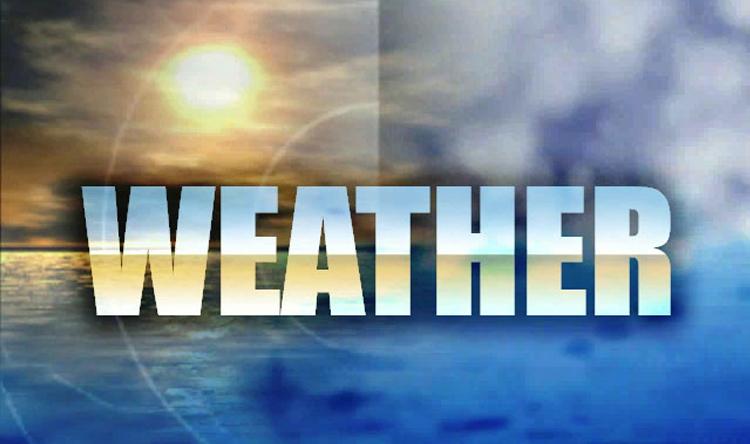 الطقس غدًا السبت غائم مع ارتفاع بالحرارة ورياح ناشطة وأمطار ليلًا