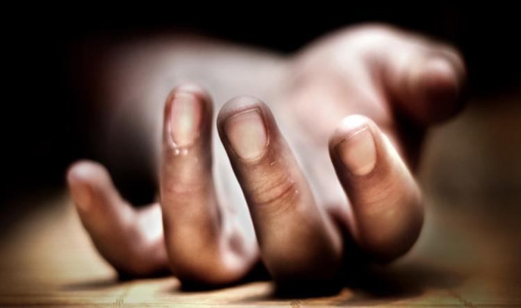 قتيل إثر سقوطه عن سطح مبنى سكني في كفرحباب