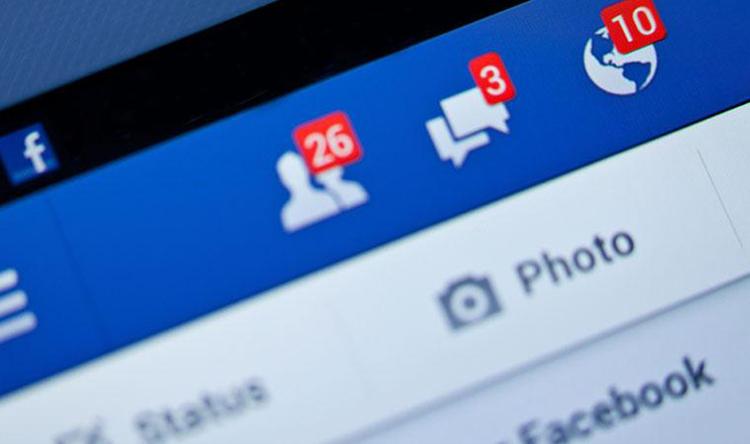 """""""فيسبوك"""" تغري المستخدمين المبدعين مالياً"""