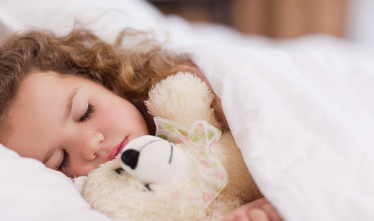 الأطفال يستنشقون مواد كيميائية من فراش النوم