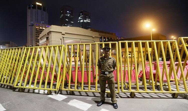 حظر تجوال وحال طوارئ بعد أحداث سريلنكا الدامية