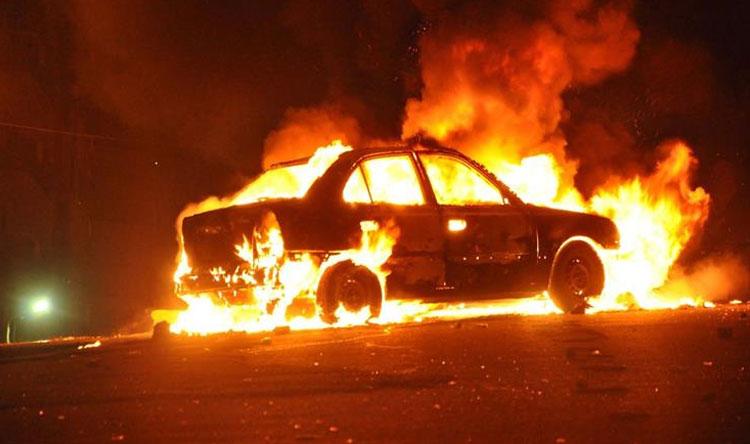 حريق داخل سيارة في غادير