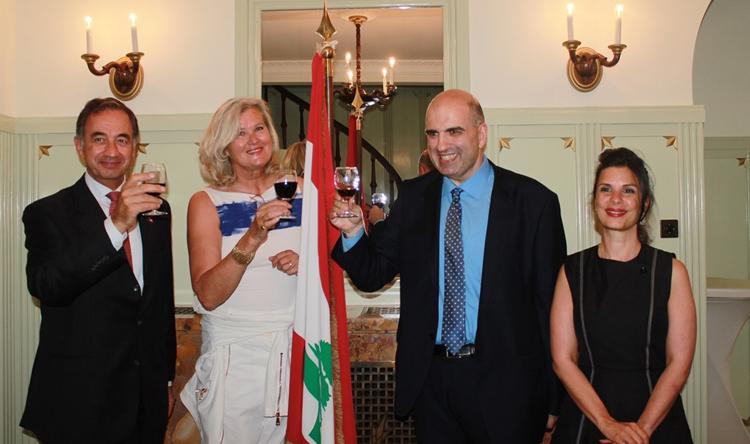 السفيرة في سويسرا كرمت لحود والوفد المشارك في يوم النبيذ اللبناني