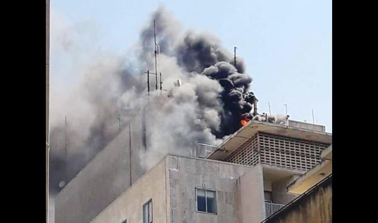 """إخماد حريق في مبنى المركز الطبي في الـ""""AUB"""""""