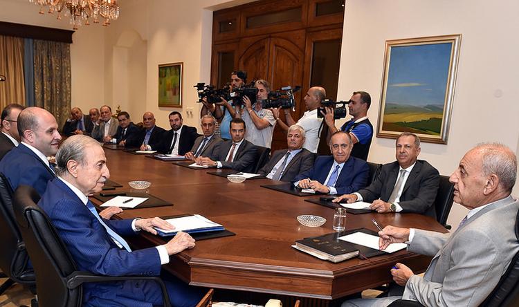 لبنان في العناية الفائقة... بري: المطلوب التنازل من الجميع لتشكيل الحكومة