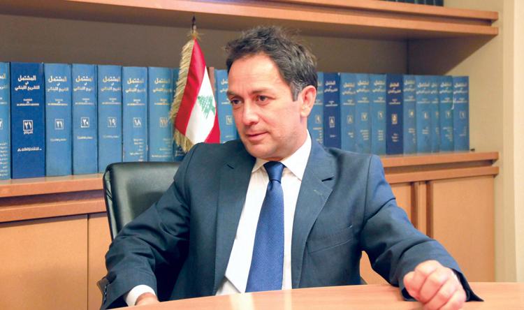 وزير الداخلية الأسبق زياد بارود