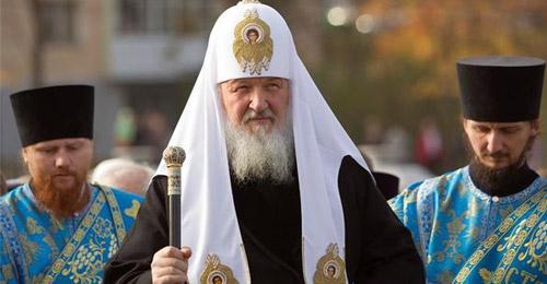 مصنع روسي يهدي طائرة مقاتلة لبطريرك الكنيسة الأرثوذوكسية