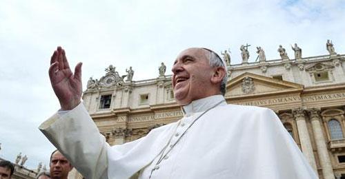 ضمور ورم في دماغ طفلة بعد قبلة خاطفة من البابا
