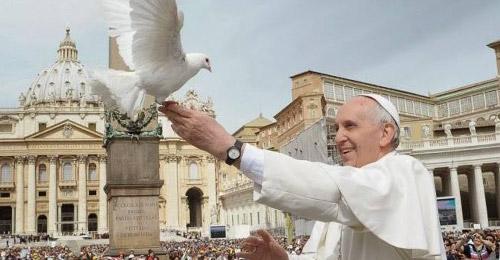 من هو الشخص الأهم في حياة البابا فرنسيس؟