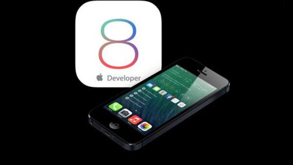 لماذا يحذر الخبراء من التسرع في التحديث إلى iOS 8؟
