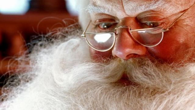 """بالفيديو: وفاة """"بابا نويل"""" """"كوكا كولا"""""""