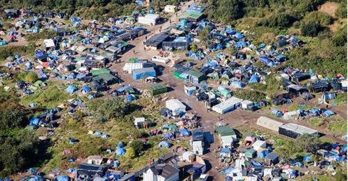 فرنسا تستعد لتفكيك أكبر مخيم للاجئين في أوروبا
