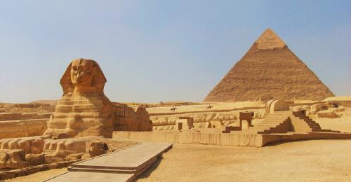 بالفيديو: وزير ترامب للإسكان ينكر أي دور للمصريين في بناء الأهرامات