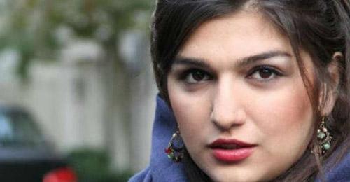 السلطات الإيرانية تفرج عن غنجة قوامي بعد سجنها لمحاولتها مشاهدة مباراة رياضية للرجال