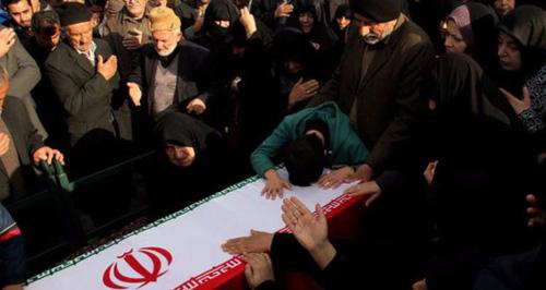 """ارتفاع عدد قتلى الضباط الإيرانيين… مقتل قائد كتيبة القناصة في """"الحرس الثوري"""" بحلب"""