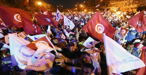 لماذا تتقدم تونس ونتأخر نحن؟