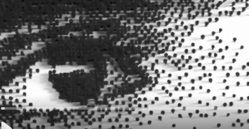 بالفيديو: لوحات فنيّة من آلاف المسامير!