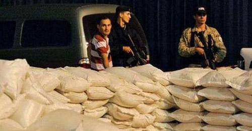 ضبط 850 كيلوغراما من الكوكايين مخبأة في أكياس أرز
