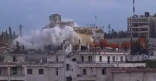 بالفيديو: لحظة نسف مبنى المخابرات الجوية في حلب