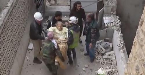 بالفيديو: قصف همجي على إدلب.. وشهادة موجعة لعائلة مسيحية منكوبة