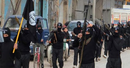"""""""الهرب من الجهاد"""" يتفشى… كانون الثاني الأقسى على """"داعش"""""""
