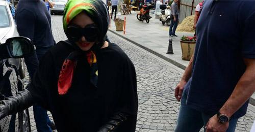 بالصور: ليدي غاغا تتحجب!