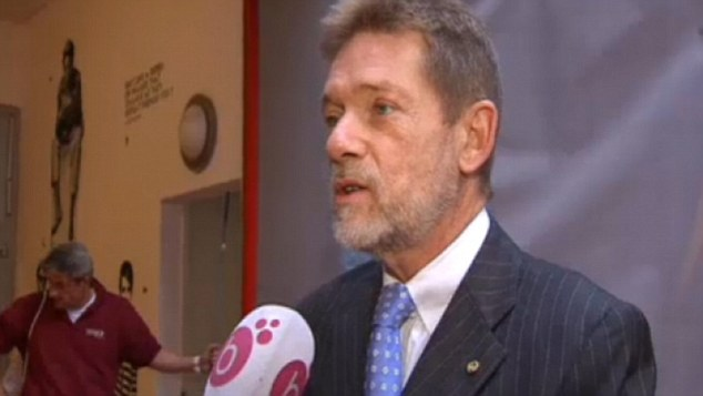 ماذا جرى بين المسؤول البلجيكي والأميرة القطرية المنقّبة في بروكسل؟!