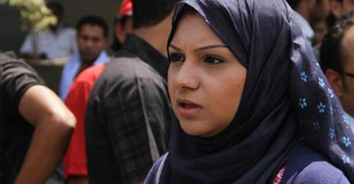 """مصر تمنع """"قائدة الثورة"""" من السفر"""
