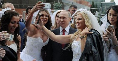 بوتين: فتيات الهوى الروسيات الأفضل في العالم