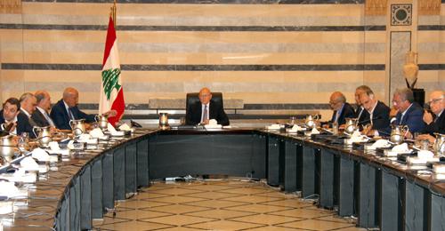 مجلس الوزراء بحث ملف النفايات الصلبة وأعفى النازحين السوريين المخالفين الراغبين بالعودة إلى سوريا من الرسوم