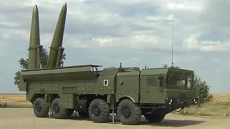 """قمر صناعي إسرائيلي يكشف صواريخ """"إسكندر"""" الروسية في سوريا"""