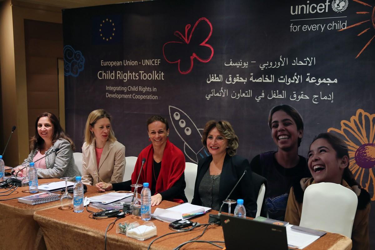 """إطلاق الاتحاد الأوروبي و""""اليونيسف"""" مجموعة """"أدوات حقوق الطفل"""" في لبنان"""