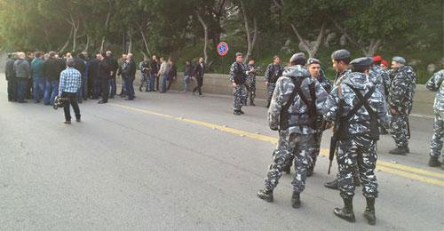 بالصور: اعتصام للموظفين المصروفين في كازينو لبنان بعد قرار الادارة صرف 191 موظفا