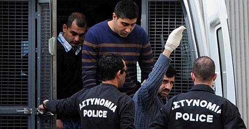 """""""حزب الله"""" يطالب بـ""""محكمة عسكرية"""" في قبرص!!!"""