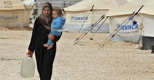 موفد قطري في بيروت لتحريك ملف المخطوفين … المشنوق: منع أي لاجئ من دخول لبنان بدءاً من 1 تشرين الاول