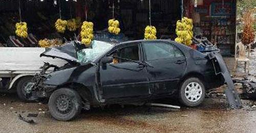 بالصور: 3 جرحى في حادث سير على طريق الزهراني – النبطية