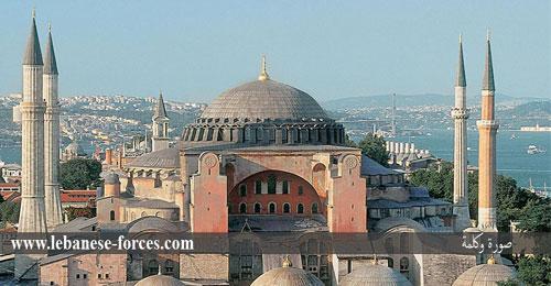 """""""صورة وكلمة"""": الانتهاء من بناء كاتدرائية آيا صوفيا"""