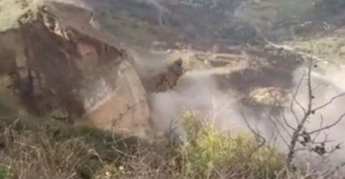 بالفيديو والصور: إنهيارات في خراج كفرنبرخ الشوف وإخلاء المنازل