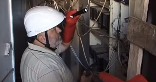 بالفيديو: شبكة الكهرباء بقبضة التعديات والسرقة