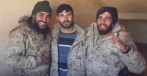 """بالفيديو: عناصر """"حزب الله"""" يسخرون من """"المنار"""""""