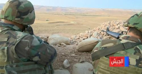 بالفيديو: كيف يواجه الجيش المسلحين في جرود رأس بعلبك؟