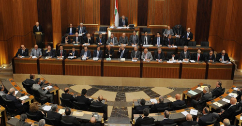 """""""المستقبل"""" ستقترح ربط التمديد بالاستحقاق الرئاسي ومشاركة """"الكتائب"""" والحريري بالجلسة واردة"""