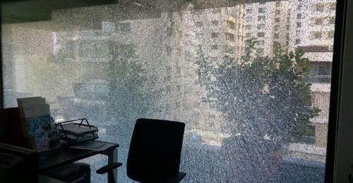 """بالصور: إطلاق نار على مكتب رئيس مجلس إدارة """"الجديد"""" تحسين خياط"""