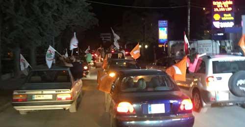 بالصور: بعد اعلان لائحة سكاف… موكب الأحزاب تملأ شوارع زحلة