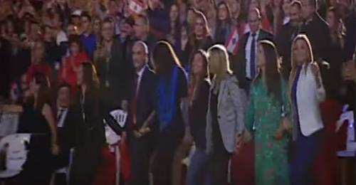 بالفيديو: وائل يغني وجعجع يدبك