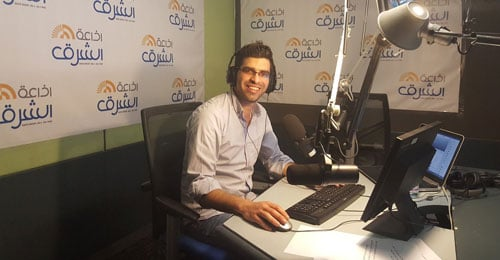 """""""إذاعة الشرق"""" تطل من نافذة """"فايسبوك""""… قصقص لموقع """"القوات"""": تجربة جديدة في لبنان والعالم العربي"""