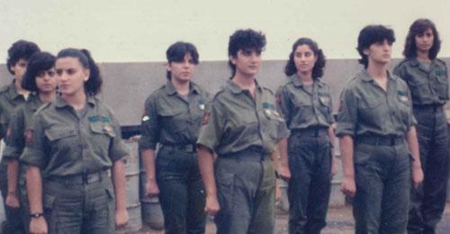 """مناضلات """"القوات"""" – جنان الحوزي: مسعفة باللباس الزيتي (بقلم ليبان صليبا)"""
