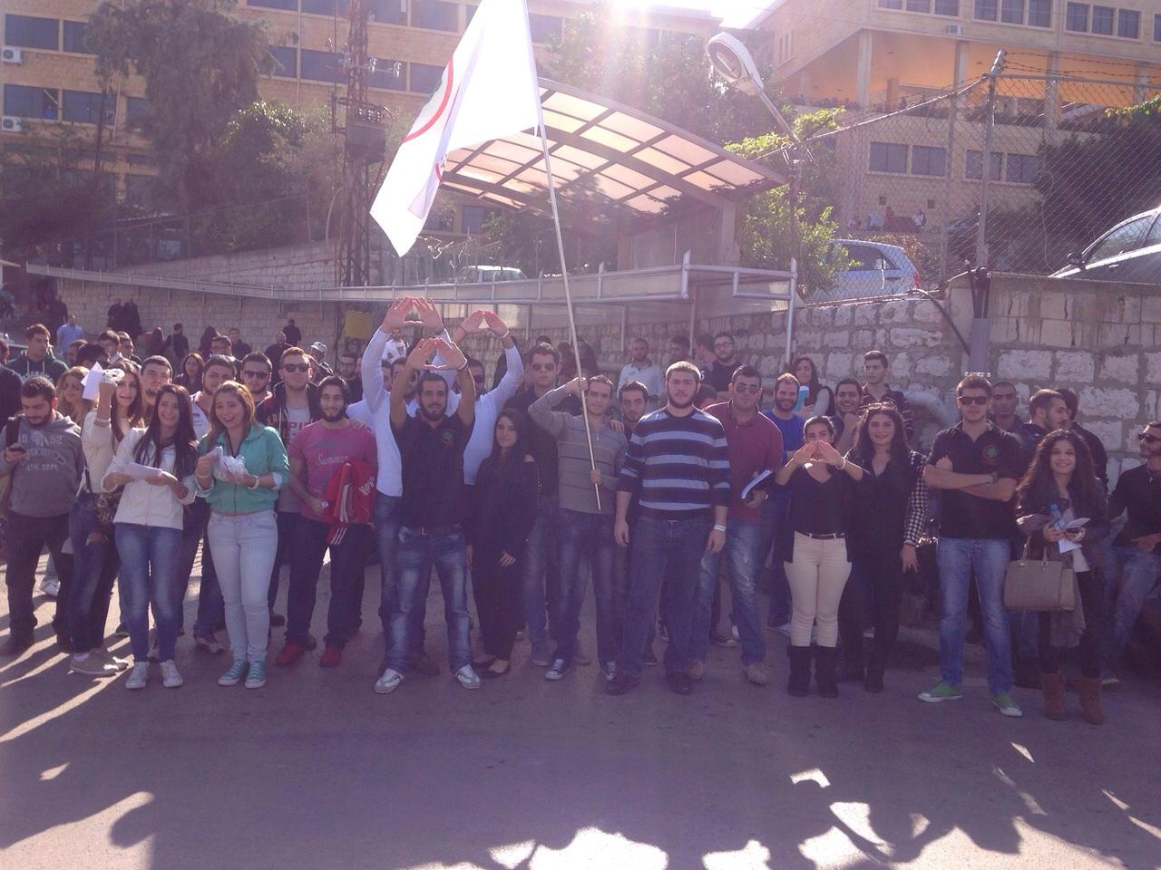 """سلسلة نشاطات لطلاب """"القوات"""" في ذكرى الاستقلال"""