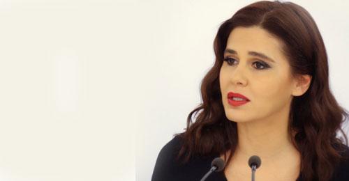 بالصور – جعجع توزّع المساعدات لطلاب بشري: لولا تضحيات الحكيم لم يكن للبنان رئيس